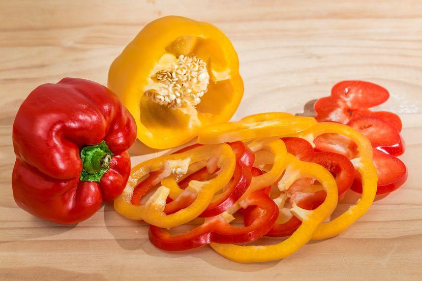 bell-pepper-gd7c56e91d1920-830x0