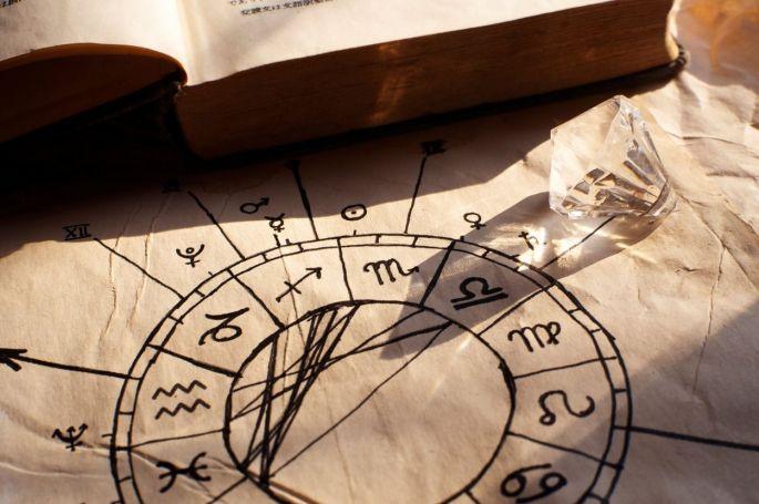 horoskoppp.jpg